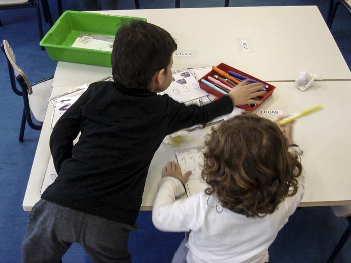 http://www.colegiotempranales.com/images/tempranales/centro/edificio/Cole_014.jpg