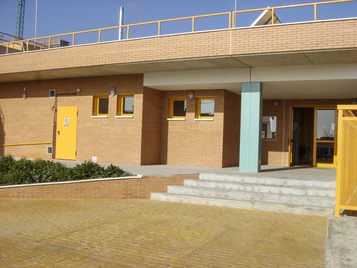 http://www.colegiotempranales.com/images/tempranales/centro/edificio/Cole_034.jpg