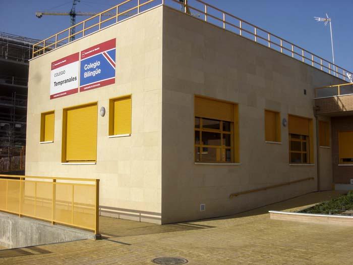 http://www.colegiotempranales.com/images/tempranales/centro/edificio/Cole_036.jpg