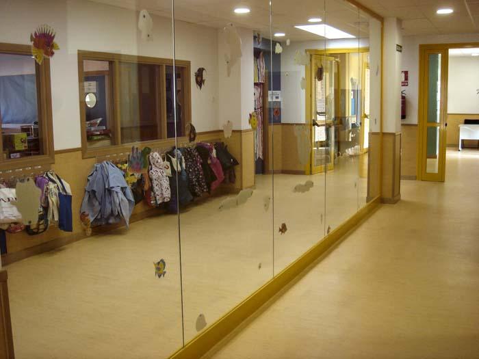 http://www.colegiotempranales.com/images/tempranales/centro/edificio/Cole_047.jpg