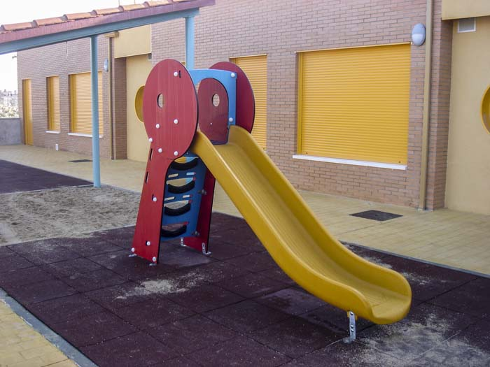 http://www.colegiotempranales.com/images/tempranales/centro/galeria/Cole_005.jpg
