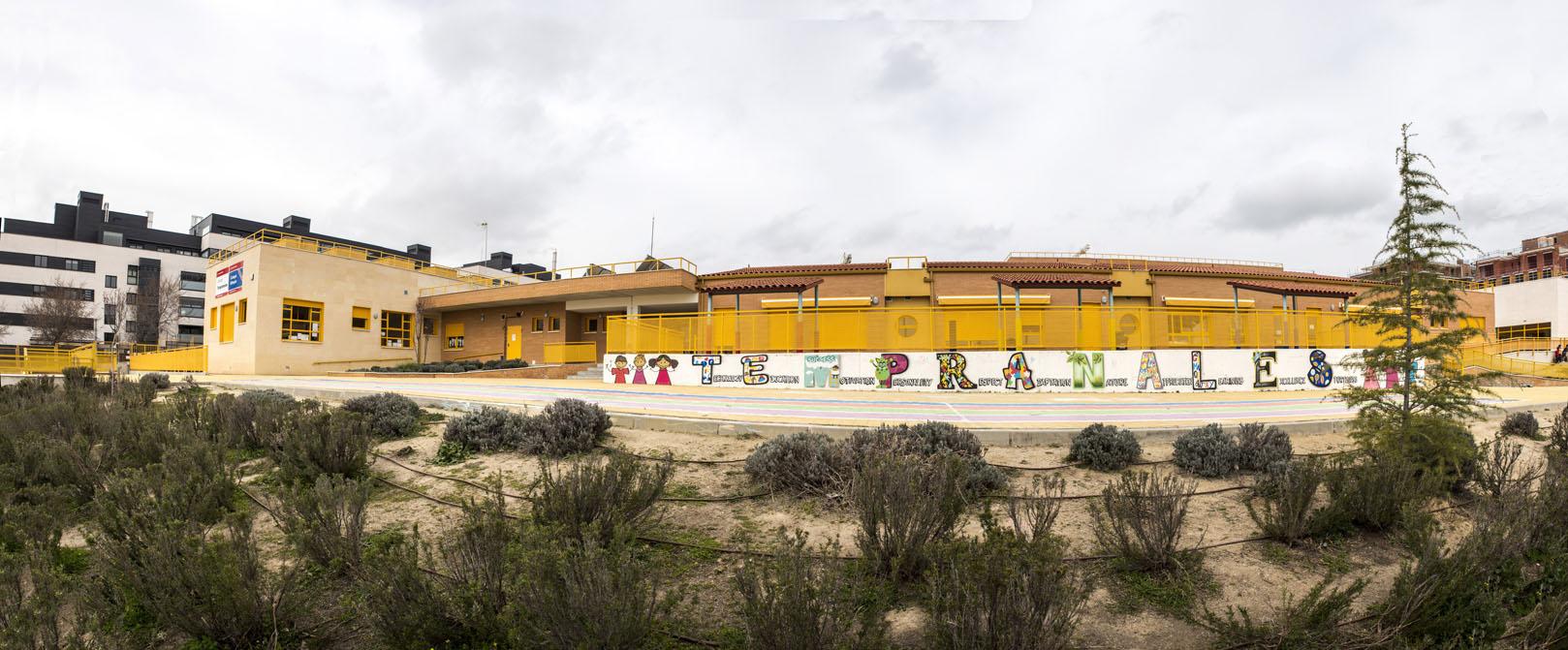 http://www.colegiotempranales.com/images/tempranales/centro/galeria/EdificioInfantil.jpg