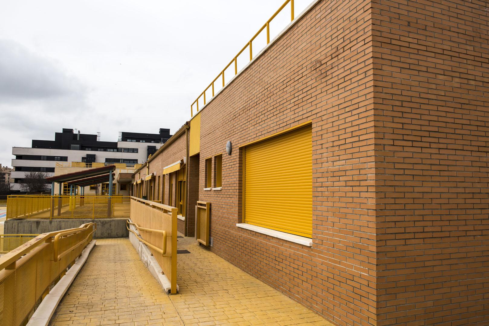 http://www.colegiotempranales.com/images/tempranales/centro/galeria/EdificioInfantil10.jpg