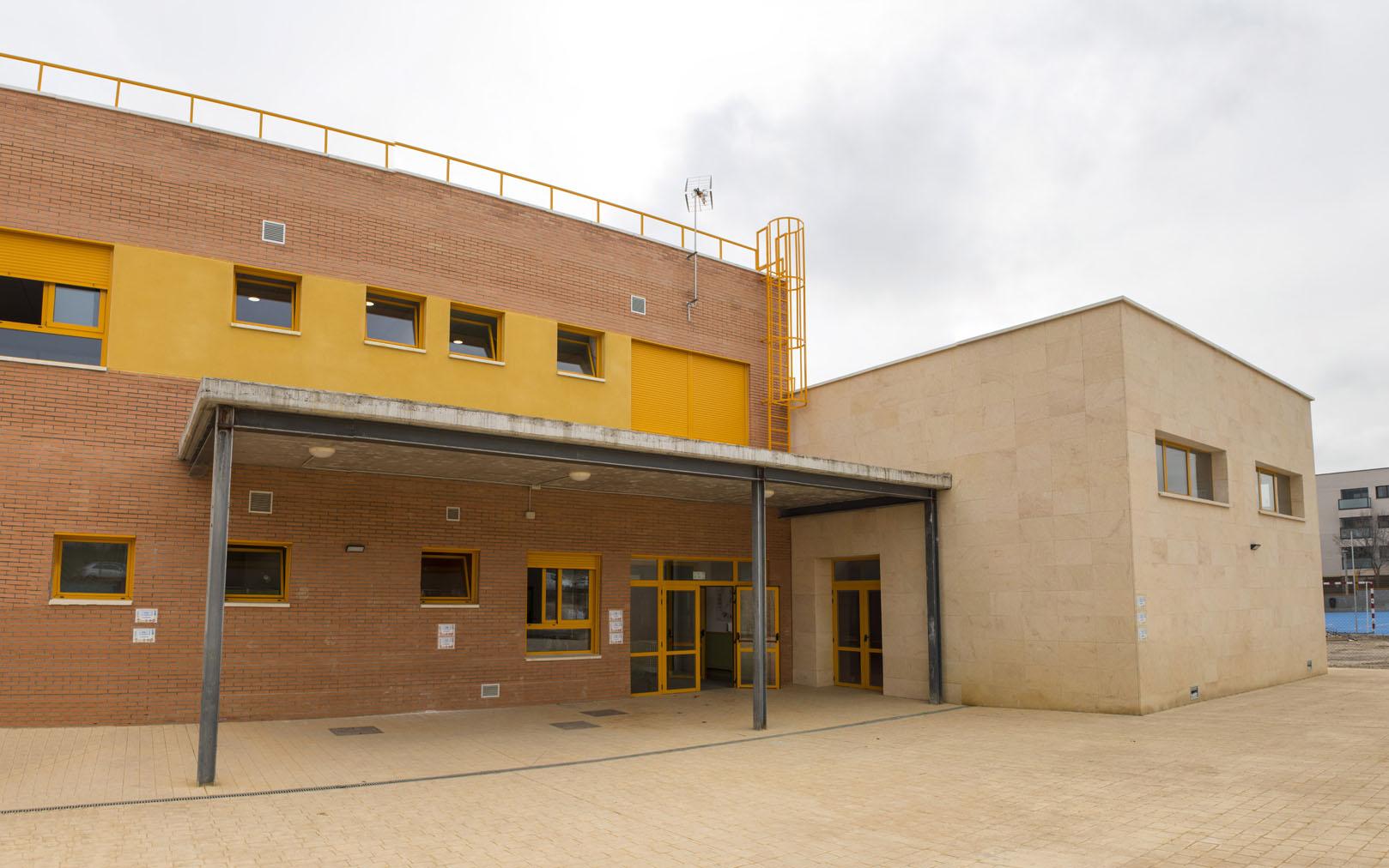 http://www.colegiotempranales.com/images/tempranales/centro/galeria/EdificioPrimaria.jpg